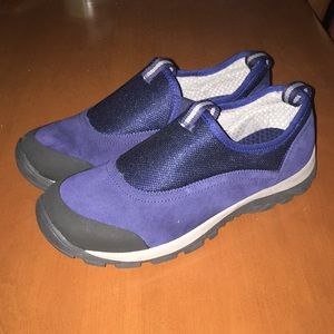 Lands End slip on traction shoes 5